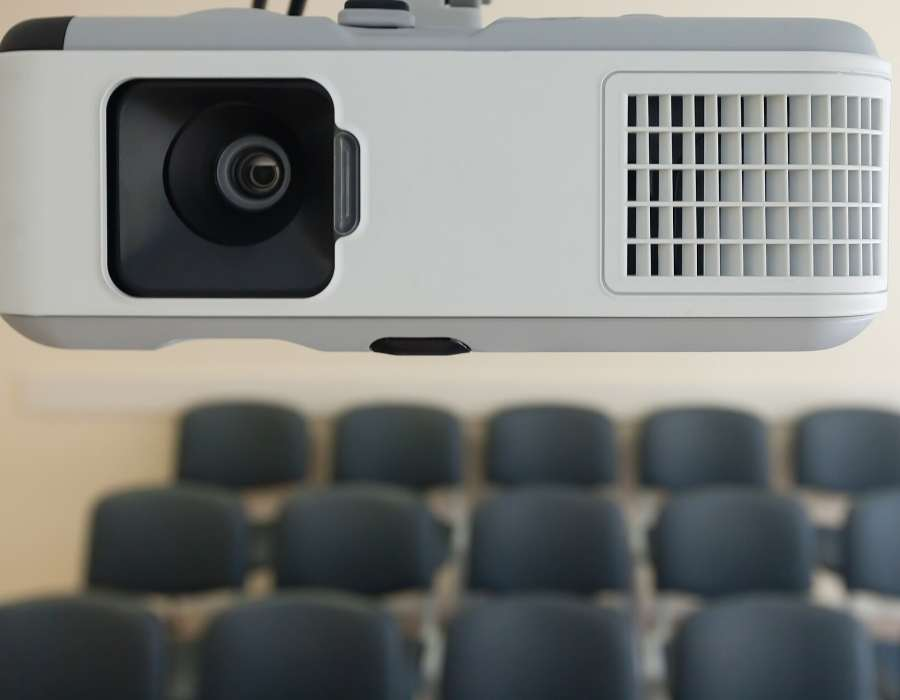 How Does the Distance of a Projector from the Screen Affect Image Quality_
