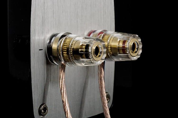 types of speaker wire
